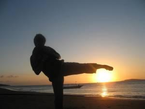 siluet-mawashi-saat-sunset-di-gili-trawangan