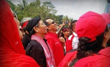 Jalaluddin Rahmat Tokoh Syiah Indonesia di PDIP